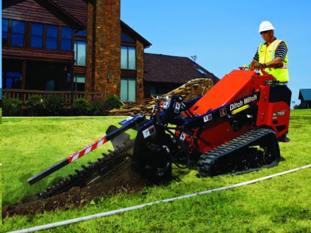 Where to find TRENCHER SIDE CUT SK750 DIESEL in Terrell